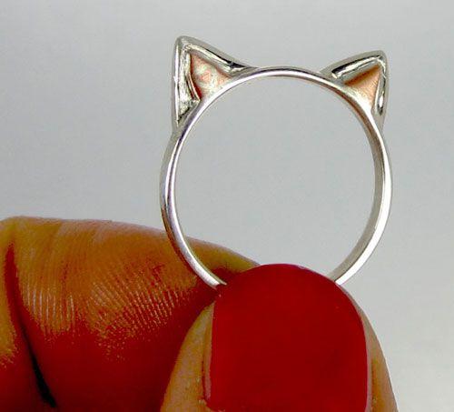 Gagnez un anneau d`oreilles chat en argent sterling